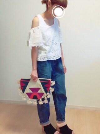 me*さんの「袖フレアコットン刺繍TOP(Chille anap|チルアナップ)」を使ったコーディネート
