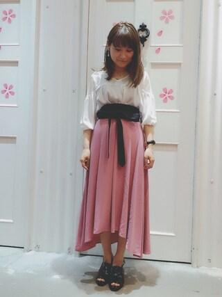 Sa-riさんの「ベルト付き無地スカート(archives|アルシーヴ)」を使ったコーディネート