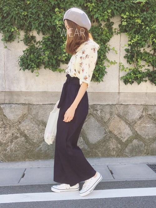 Sato*さんの「落ち感のある柔らか素材オープンカラー花柄フロントポケット付き半袖アロハシャツブラウス(select MOCA)」を使ったコーディネート