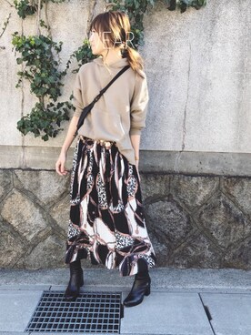 Sato*さんのスカート「【Holiday】プリーツスカーフ柄スカート◆ZOZOTOWN限定◆(Auntie Rosa Holiday アンティローザホリデー)」を使ったコーディネート
