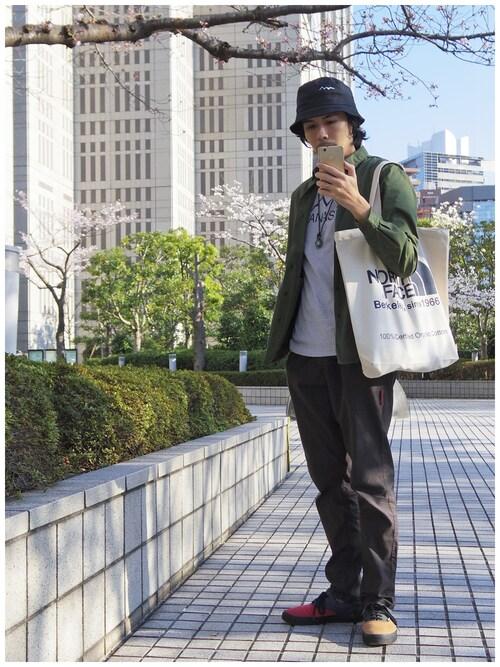 23度 服装 メンズコーデ シャツ 画像2