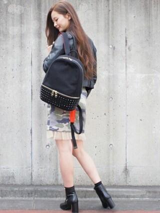 DIAVEL TOKYO OMOTESANDO|diavel81さんの「ブラック×レッド×ブラックスタッズ 【MINI・Sサイズ】 スタッズキャンバスリュックサック(DIAVEL|ディアベル)」を使ったコーディネート
