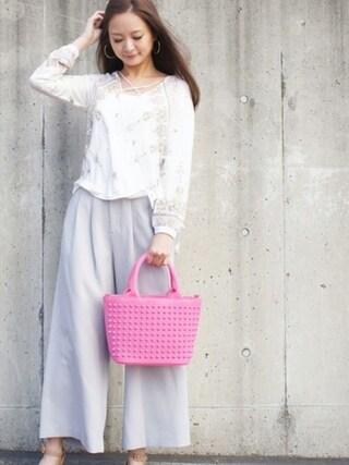 DIAVEL TOKYO OMOTESANDO diavel81さんの「ピンク×ピンク×ピンクスタッズ 【MINI・Sサイズ】 スタッズキャンバストートバッグ(DIAVEL ディアベル)」を使ったコーディネート