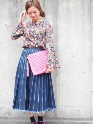 DIAVEL TOKYO OMOTESANDO diavel81さんの「ピンク×ピンク×ピンクスタッズ 【GRANDE・Lサイズ】 スタッズキャンバスクラッチバッグ(DIAVEL ディアベル)」を使ったコーディネート