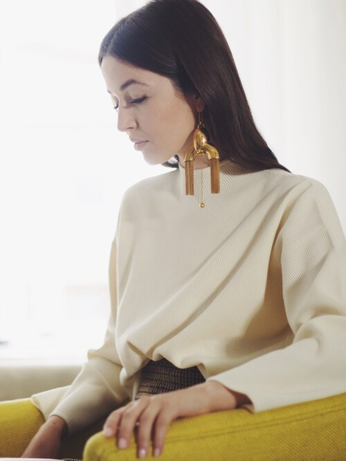「Ellery - Anthology Gold-plated Earrings(Ellery)」 using this Yulia F. Kirpalani looks