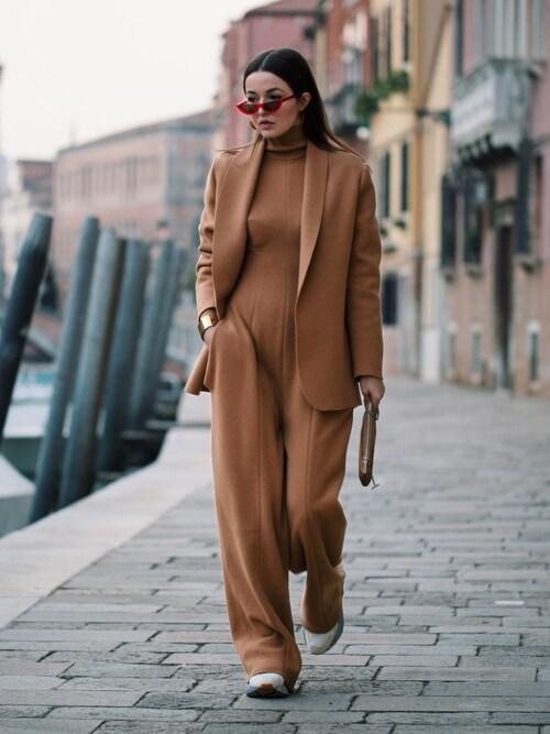 Yulia F. Kirpalani is wearing STELLA McCARTNEY