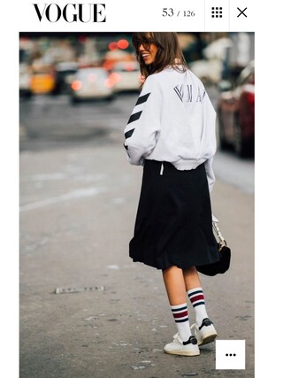 「ISABEL MARANT Bart leather trainers(Isabel Marant)」 using this Thania Peck looks