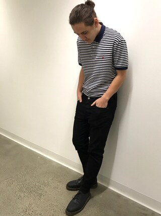 (Dr.Martens) using this ober looks