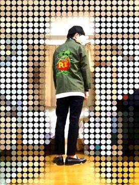 MHさんの「MEN スーピマコットンクルーネックT(半袖)(ユニクロ|ユニクロ)」を使ったコーディネート