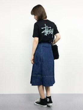 【メンズ・レディース別】おすすめの黒Tシャツのコーデ|ライブ/海外