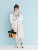 「[追加]UR フラワー刺繍ブラウス(URBAN RESEARCH)」 using this airi looks