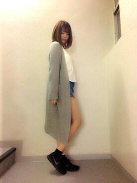 萌木七海さんの「ボートネックビックTシャツ(FLOVE)」を使ったコーディネート