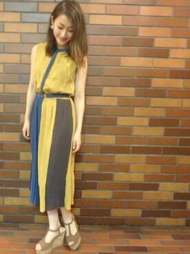 Haruka Kurashimaさんの「プリーツバイカラーシャツワンピース(REDYAZEL)」を使ったコーディネート