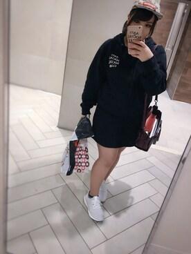 (adidas) using this たり looks
