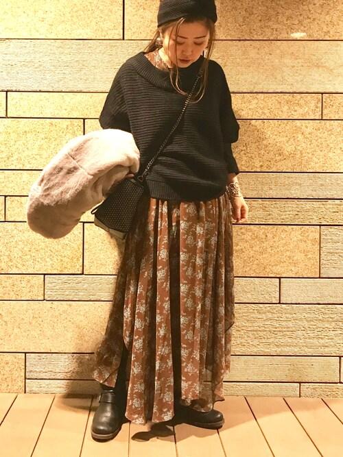 yukayukaさんの「ROSE BUD ツイストヘアバンド/ローズバッド(ROSE BUD)」を使ったコーディネート