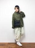 konabeさんの「フード付きコーチジャケット9053(merlot|メルロー)」を使ったコーディネート