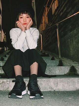 長澤メイさんの「AMIAYA×MIZUNOスニーカー(MIZUNO|ミズノ)」を使ったコーディネート