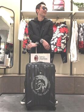 DIESEL ダイバーシティ東京 プラザ|ゆうきさんの(DIESEL|ディーゼル)を使ったコーディネート