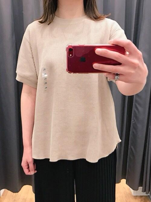 しー ユニクロのTシャツ・カッ...