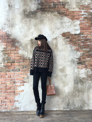 「GEOMETRIC LOOSE KNIT(MOUSSY)」 using this 吉木千沙都 looks