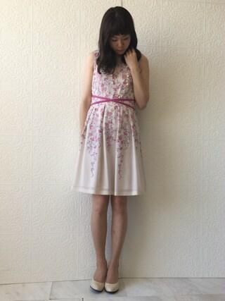 Rose Tiara | onomimonoさんのドレス「Rose Tiara 吹き上げフラワー刺繍ジョーゼットワンピース」を使ったコーディネート