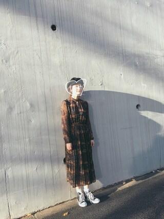 海下真夕さんの「PAISLEY PLEATS DRESS(AMERI|アメリヴィンテージ)」を使ったコーディネート