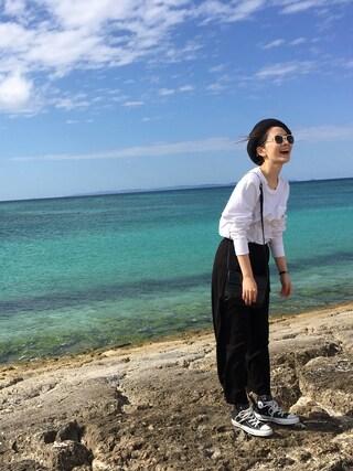海下真夕さんの「MAT COAT COLORサングラス(EMODA|エモダ)」を使ったコーディネート