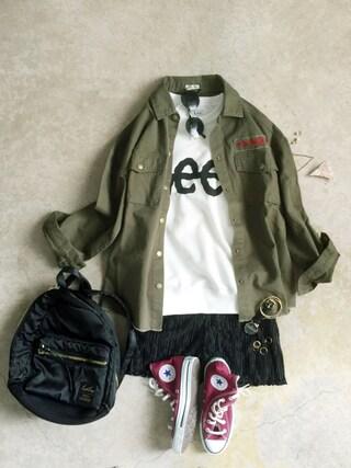 ナチュラル服のイタフラさんの「【LEE】ロゴスウェット(Lee|リー)」を使ったコーディネート