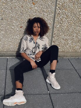 (URBAN OUTFITTERS) using this Aria Coleman looks