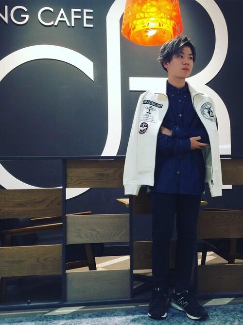 AVIREX 岡山takuroさんのパンツ「avirex/ アヴィレックス / SATIN STRETCH SIDE POCKET PANTS/ サテン ストレッチ サイドポケット パンツ(AVIREX|アヴィレックス)」を使ったコーディネート