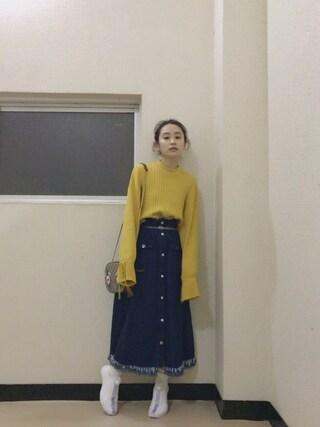 高橋愛さんの「ワイドスリーブリボンニット(jouetie|ジュエティ)」を使ったコーディネート
