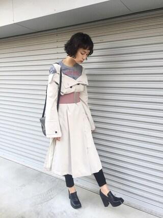 KAINO Yuさんの「Lea Seydoux オフショルトレンチコート(made in HEAVEN メイド イン ヘブン)」を使ったコーディネート