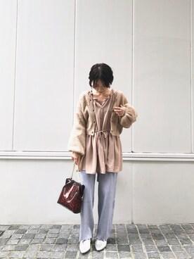 mystic 京都PORTA店 okada sakiさんのシャツ/ブラウス「ハイネックボリュームギャザーブラウス(mystic ミスティック)」を使ったコーディネート