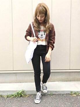 安中亜美さんのコーディネート