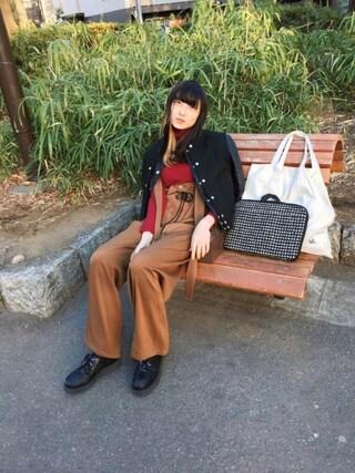 沙田瑞紀 さんの「TWILL UTILITY BRACES TROUSERS(G.V.G.V.|ジーヴィジーヴィ)」を使ったコーディネート