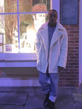 (URBAN OUTFITTERS) using this Kenni Javon looks