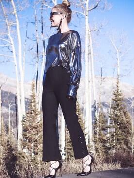 「Linzee Crop Flare Pant(CLUB MONACO)」 using this Erin looks