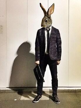 ウサ男さんの「GROVE Gunmetal/Black(JIMMY CHOO)」を使ったコーディネート