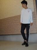 「WEB限定 Guess×FREAK'S STORE/ゲス 別注スーパービッグ ロゴ ロングスリーブTシャツ(FREAK'S STORE)」 using this ユージ looks