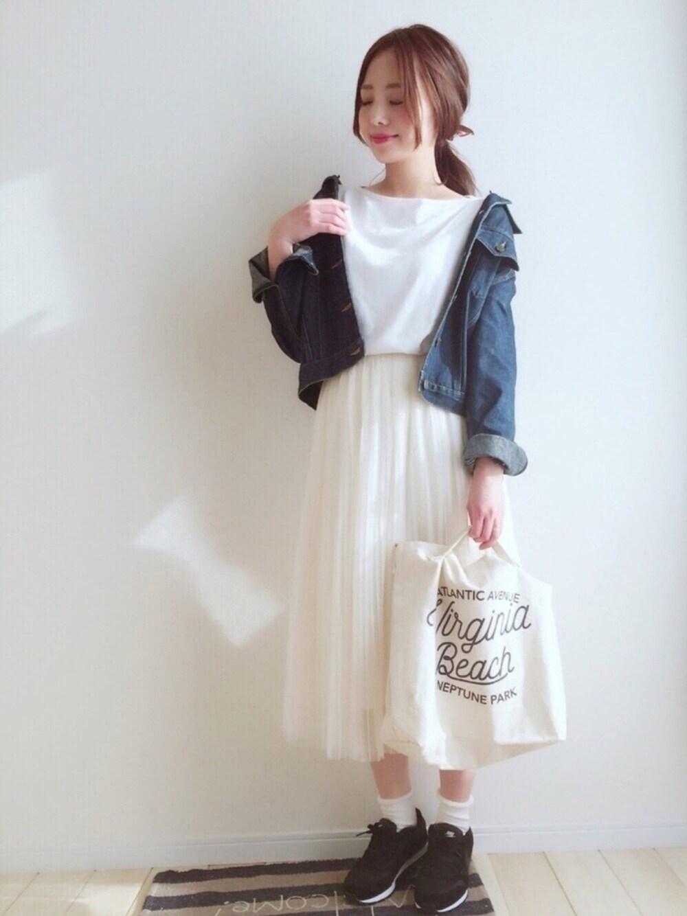 定番×白チュールスカート