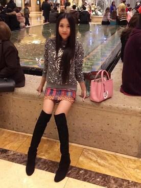 (FENDI) using this Monica不会喉咙痛 looks