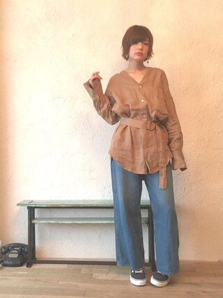 石川 瑠利子さんの「【追加予約】リネンスタンドカラーシャツ(Another Edition|アナザーエディション)」を使ったコーディネート