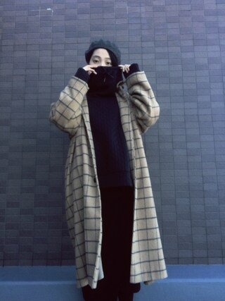 小谷実由さんの「KBF ウィンドペンチェックコート(KBF|ケイビーエフ)」を使ったコーディネート