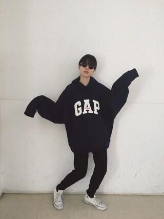 小谷実由さんの「Overwash knit pants(BLACK BY MOUSSY|ブラックバイマウジー)」を使ったコーディネート