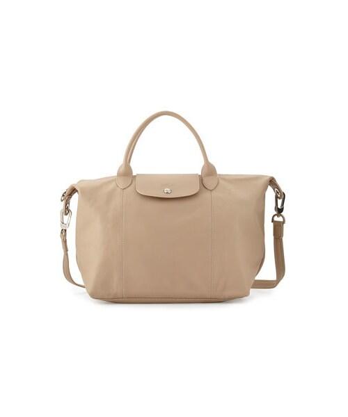 9fdb9fffeacb Longchamp(ロンシャン)の「Longchamp Le Pliage Cuir Handbag with Strap, Greige( ショルダーバッグ)」 - WEAR