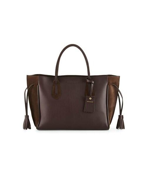 7c0ea70e83f3 Longchamp(ロンシャン)の「Longchamp Penelope Medium Leather & Suede Tote Bag,  Ebony(トートバッグ)」 - WEAR