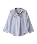 GRL(グレイル)の「チョーカー付刺繍入りスキッパーシャツ(シャツ・ブラウス)」
