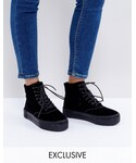 Monki(モンキ)の「Monki Crushed Velvet Flatform Boot(ブーツ)」