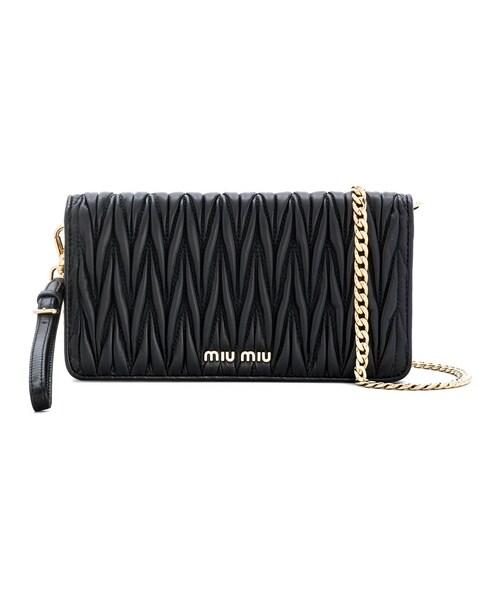 fdd9a5a528c2 Miu Miu(ミュウミュウ)の「Miu Miu - フラップ長財布 - women - レザー - ワンサイズ(ショルダーバッグ)」 - WEAR