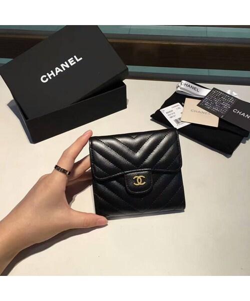 ab82156ab093 CHANEL(シャネル)の「CHANEL シャネルシェブロン折りたたみ財布3カラー ...